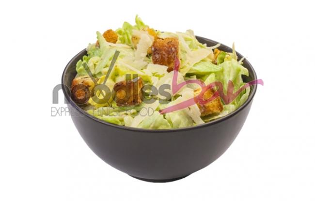 Salata Caesar cu Pui 300g
