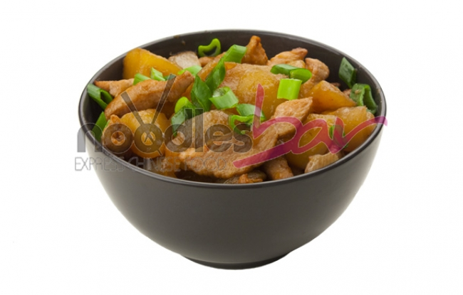 Porc cu cartofi albi in sos de soia si usturoi 350g